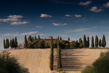 700 tuscany