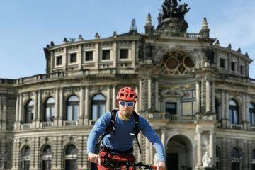Fahrradtour durch Dresden Deutschland mit Semperoper. ALPStours Sachentrails.